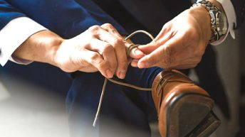How to Get Wrinkles out of Leather Shoes