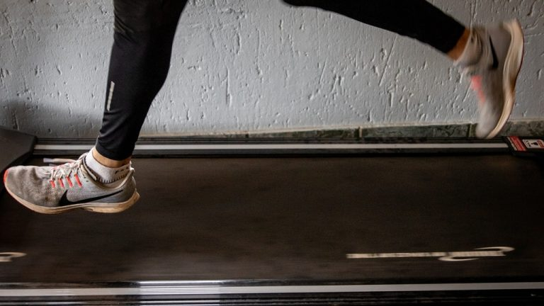 Best Shoes for Walking on Treadmill